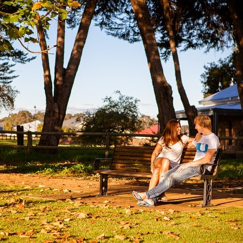 vasse-estate-land-for-sale-first-home-buyer-couple-sitting-480x480