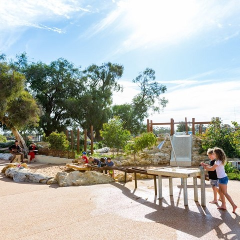 vasse-estate-land-for-sale-nature-play-water-park-480x480